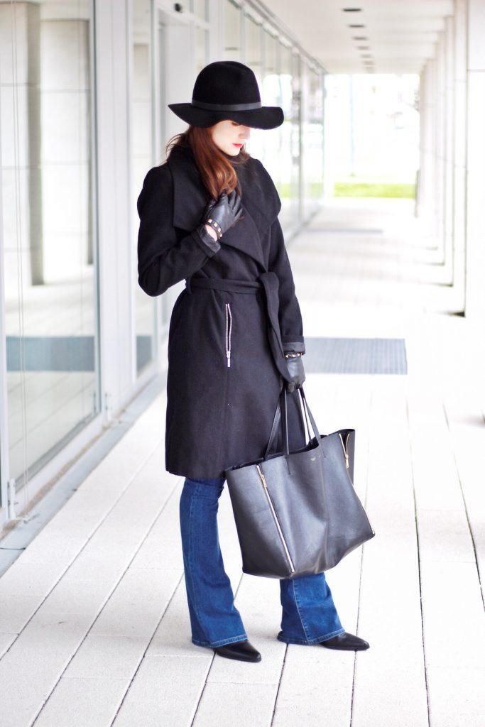 Ich trage Wollmantel von Vero Moda und Céline Cabas Bag für meinen Modeblog