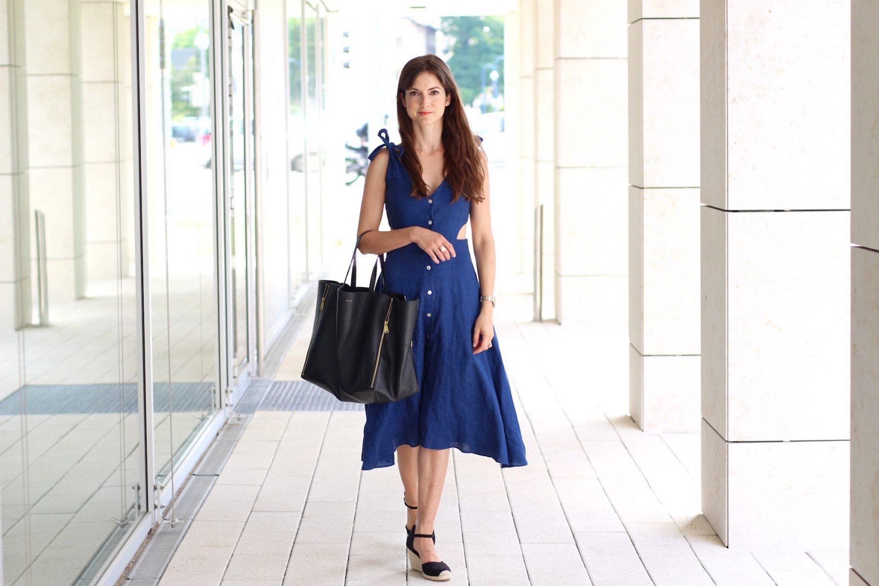 Outfitpost auf meinem Modeblog es geht um mein Midikleid von Zara mit Cut Outs und wie man es kombiniert ich trage meine Céline Cabas Bag dazu