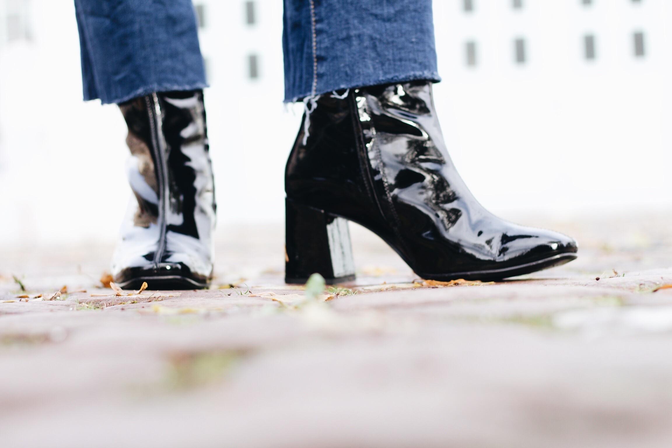 Lack Stiefeletten von Paul Green auf meinem Modeblog