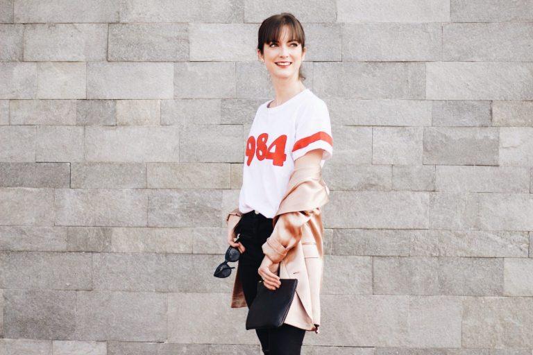 T-Shirt und Metallic Blazer auf meinem Modeblog