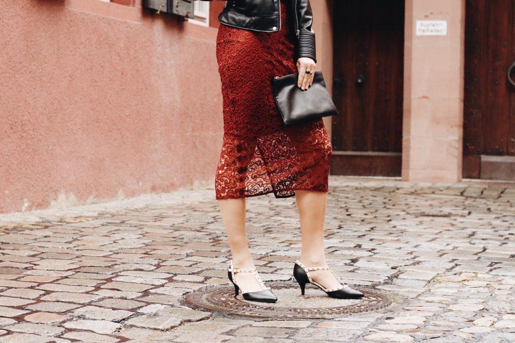 Spitzenrock im Partylook auf meinem Modeblog