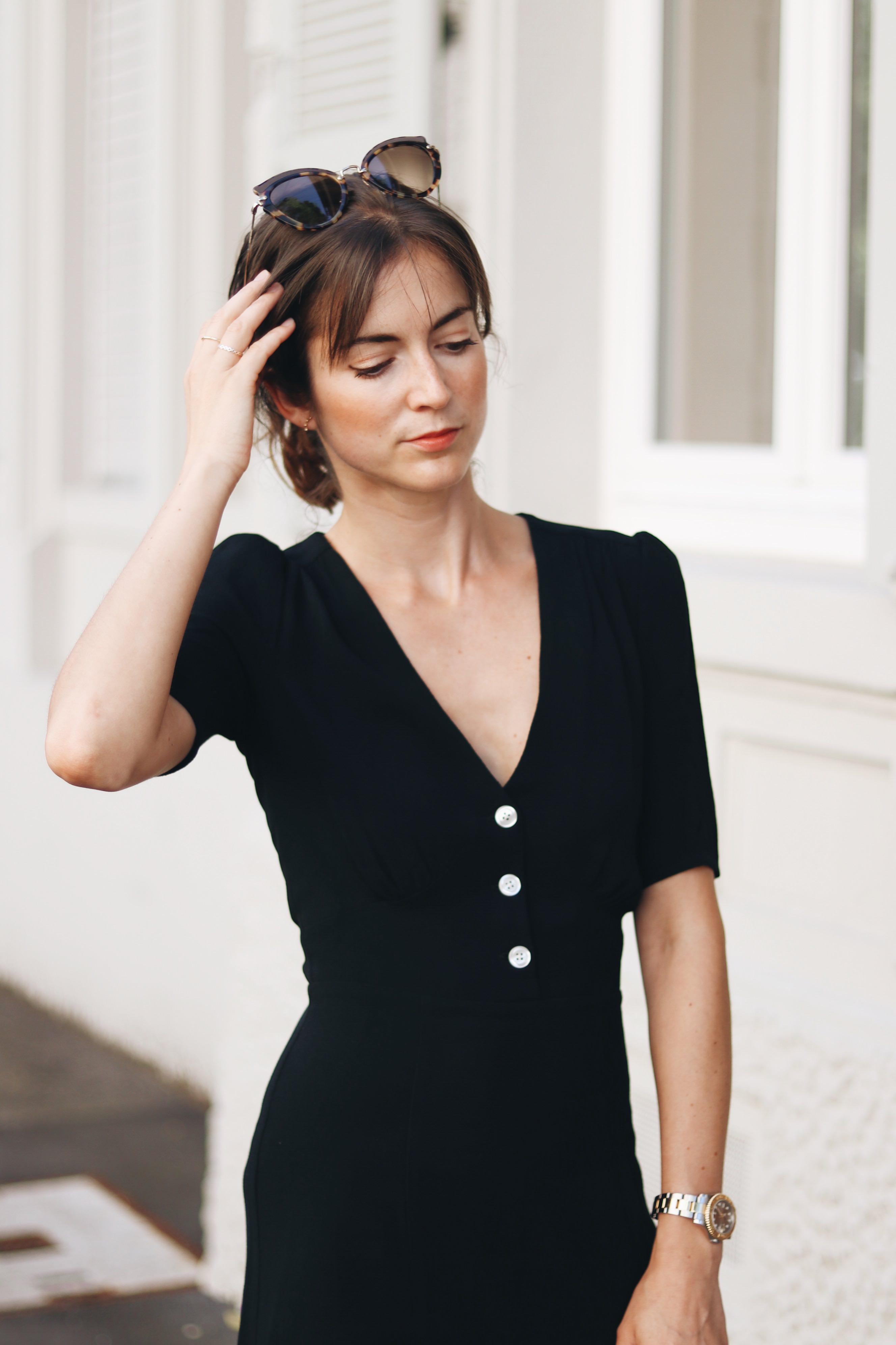 outfit-idee-sommerkleider-modetrends-sommer-kleid-schwarz