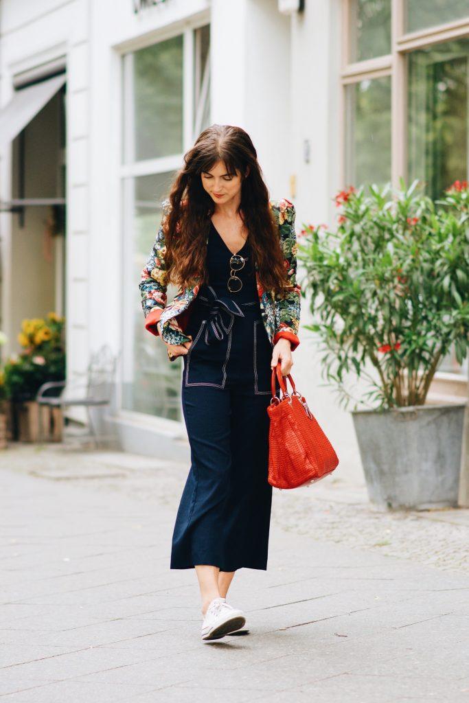 outfit-streetstyle-blog-freiburg-deutschland-blumenmuster-blazer-dior-tasche