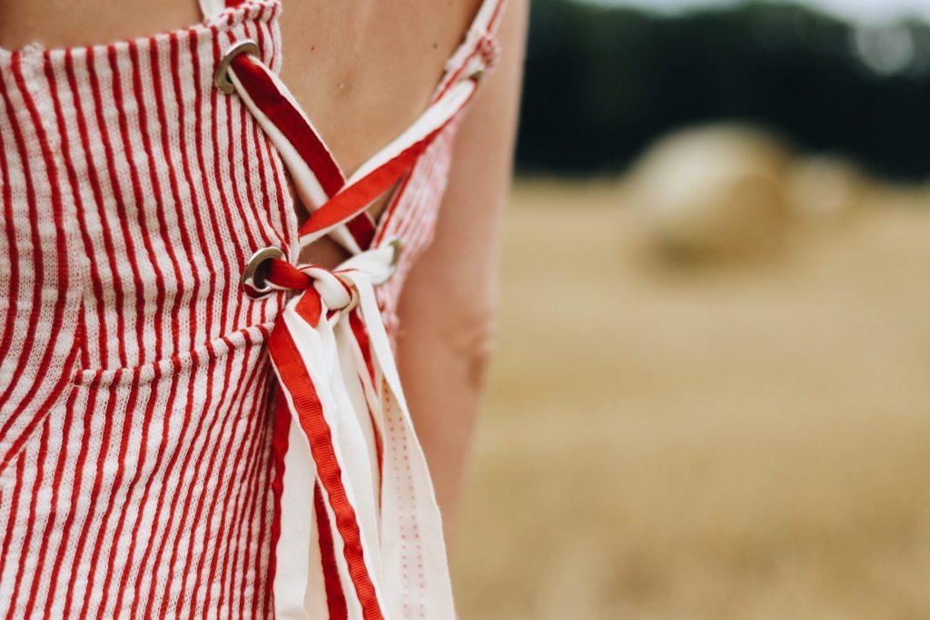 Midikleid Zara mit Streifen und Rückenfrei