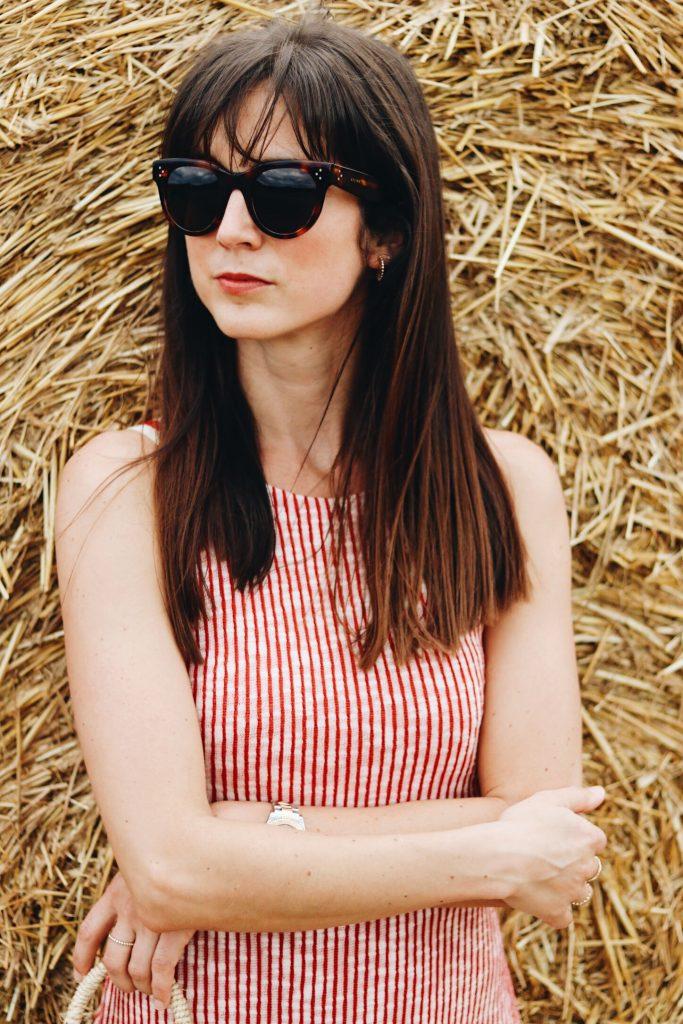 Sommeroutfit mit Midikleid Streifen und Sonnenbrille von Celine auf meinem Modeblog