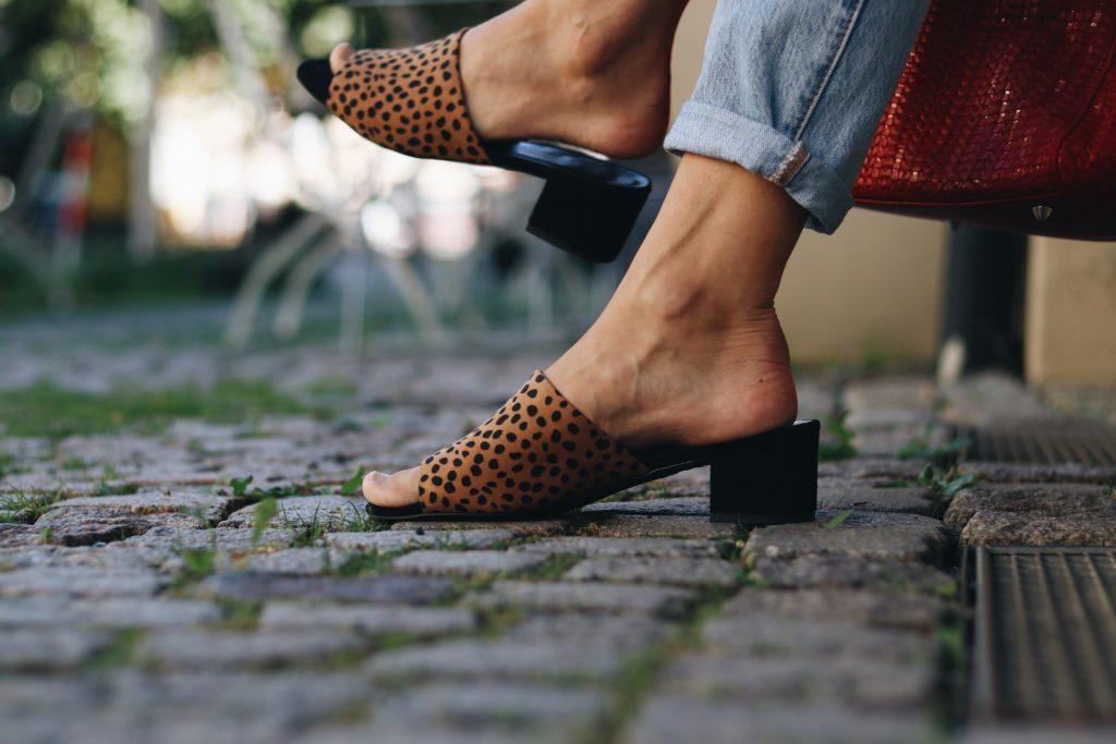 leo-mules-kombinieren-outfit-blog