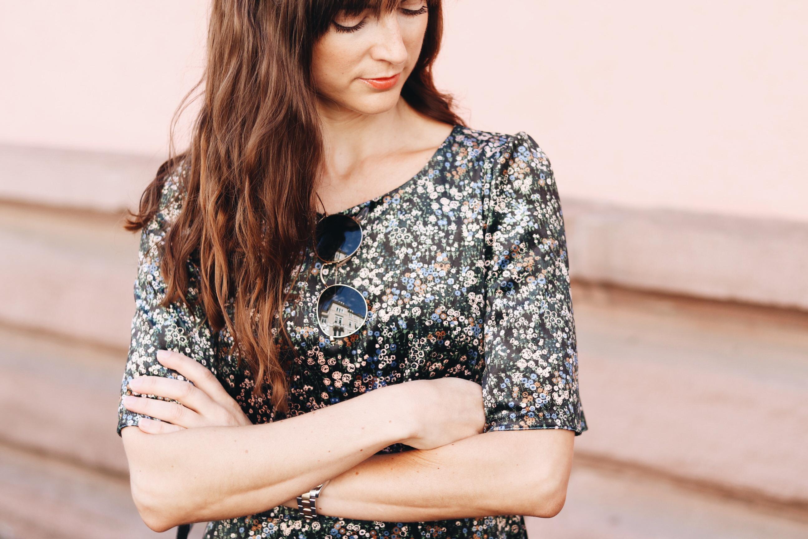 Modeblog Fashionblog aus Deutschland Modebloggerin deutsch Outfit Streetstyle Bloggerin