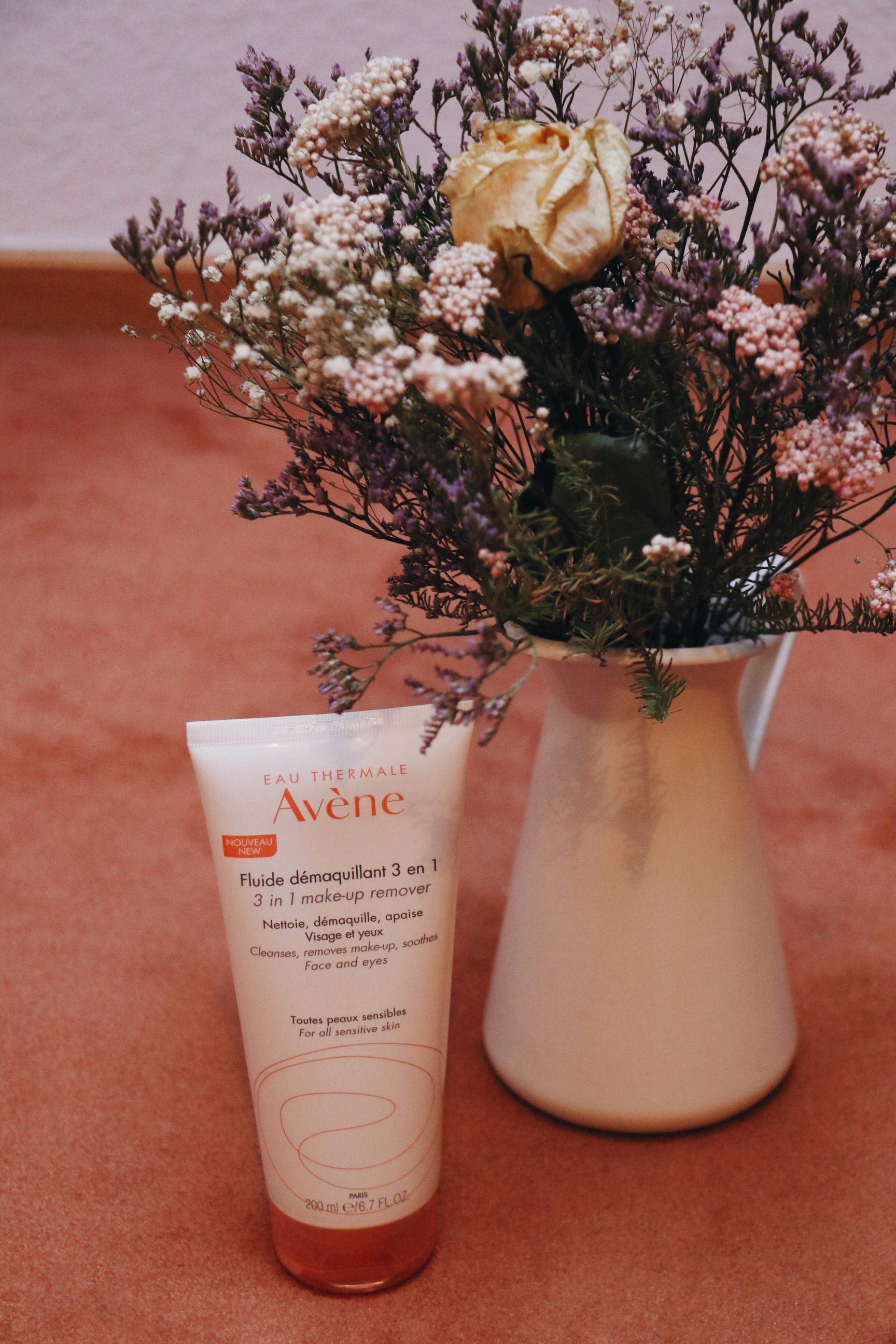 Avene 3 in 1 Reinigungsfluid Pfelge Tipps Blog Beauty