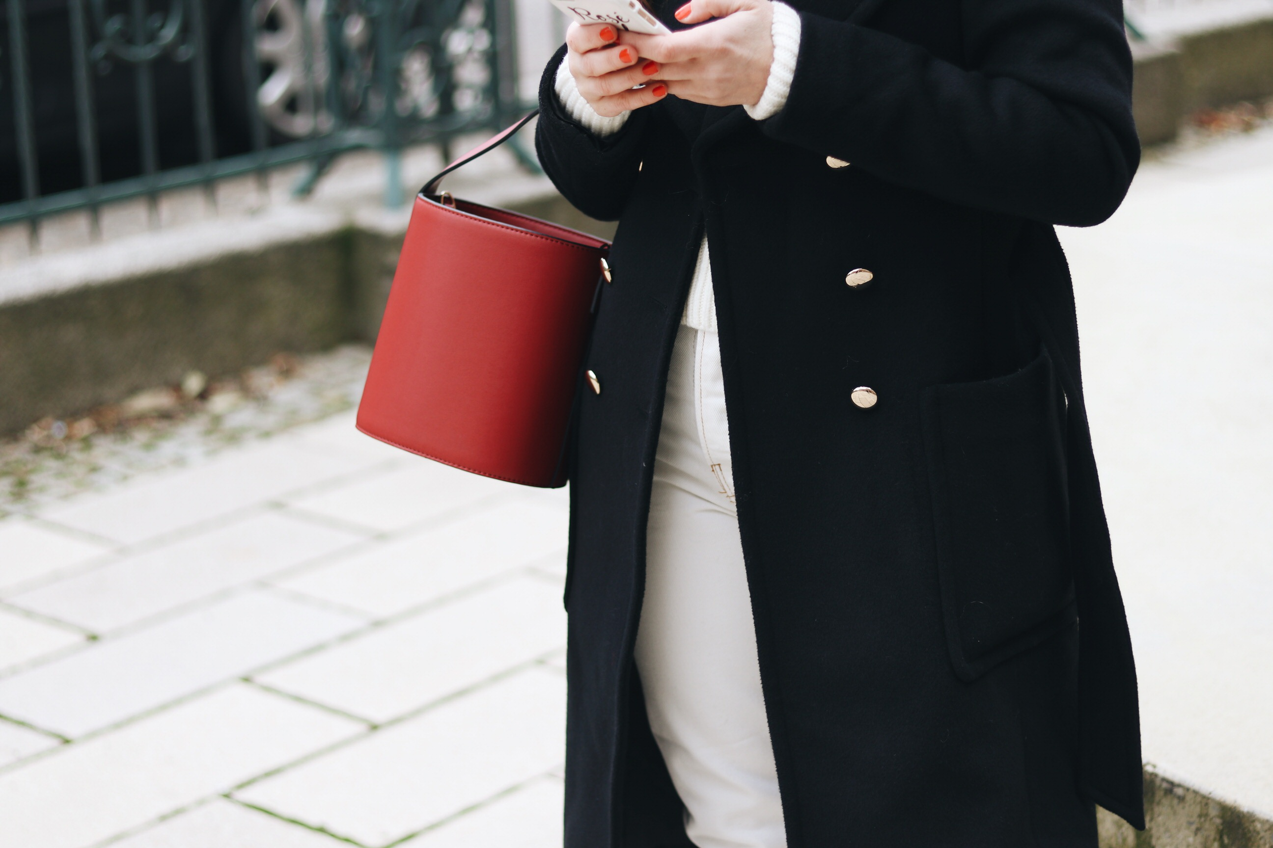 bucket bag Topshop kombinieren Winter Outfit Look Streetstyle Fashionblog