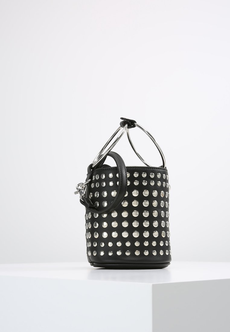 Der Taschentrend Ringbag auf meinem Modeblog