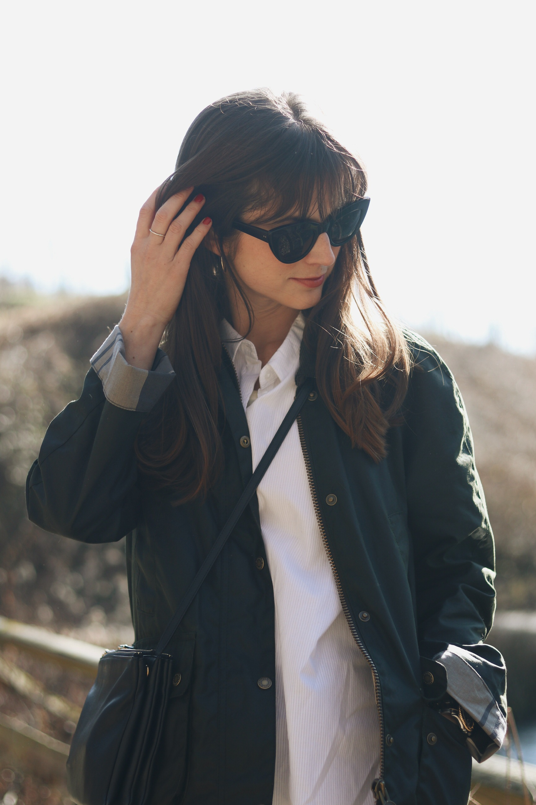 Barbour Jacket Jacke Celine trio Bag schwarz Outfit Wander Look