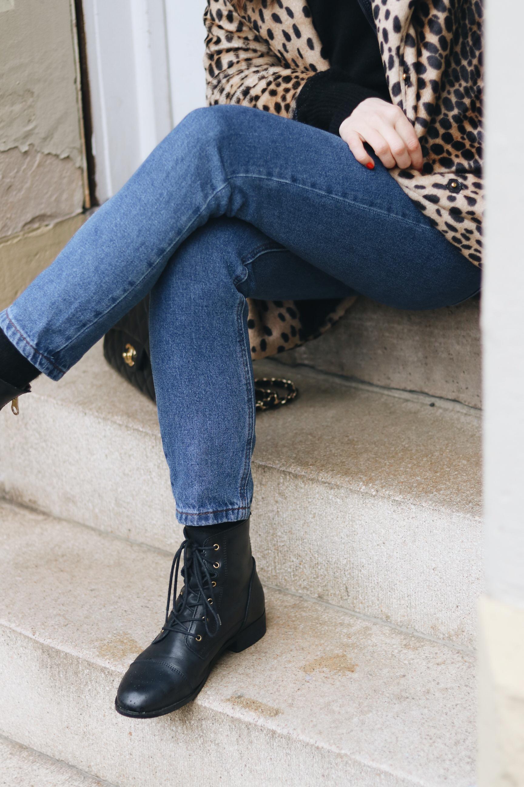 High Waist Jeans kaufen kombinieren Outfit Ideen Streetstyle Modeblog Look