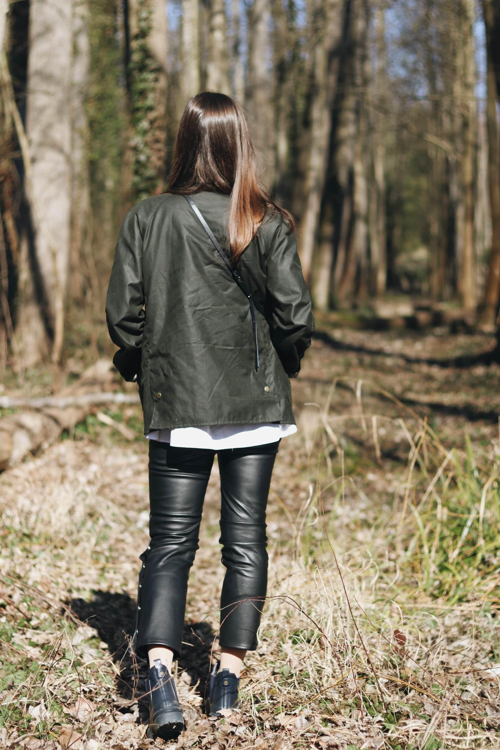 Wanderoutfit Brit Chic Fruehlingstrends Modeblog Schwarzwald