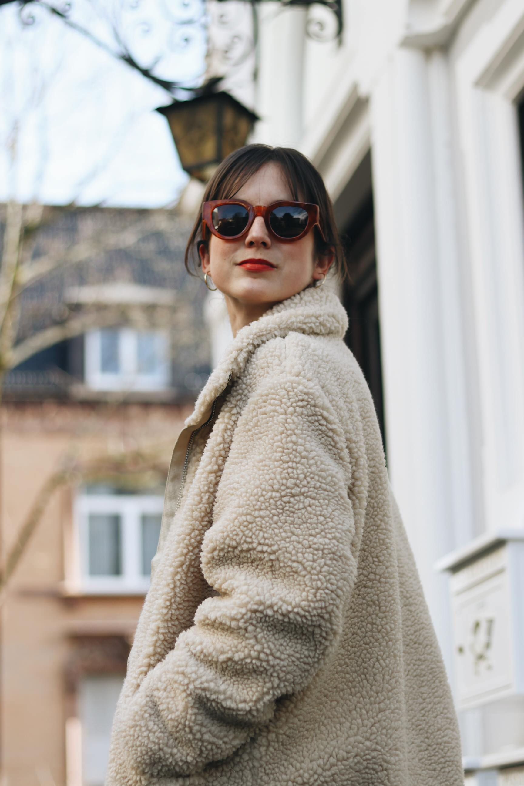 Neele Modebloggerin Top 10 Deutschland Modeblog Outfit Streetstyle Winter French Chic