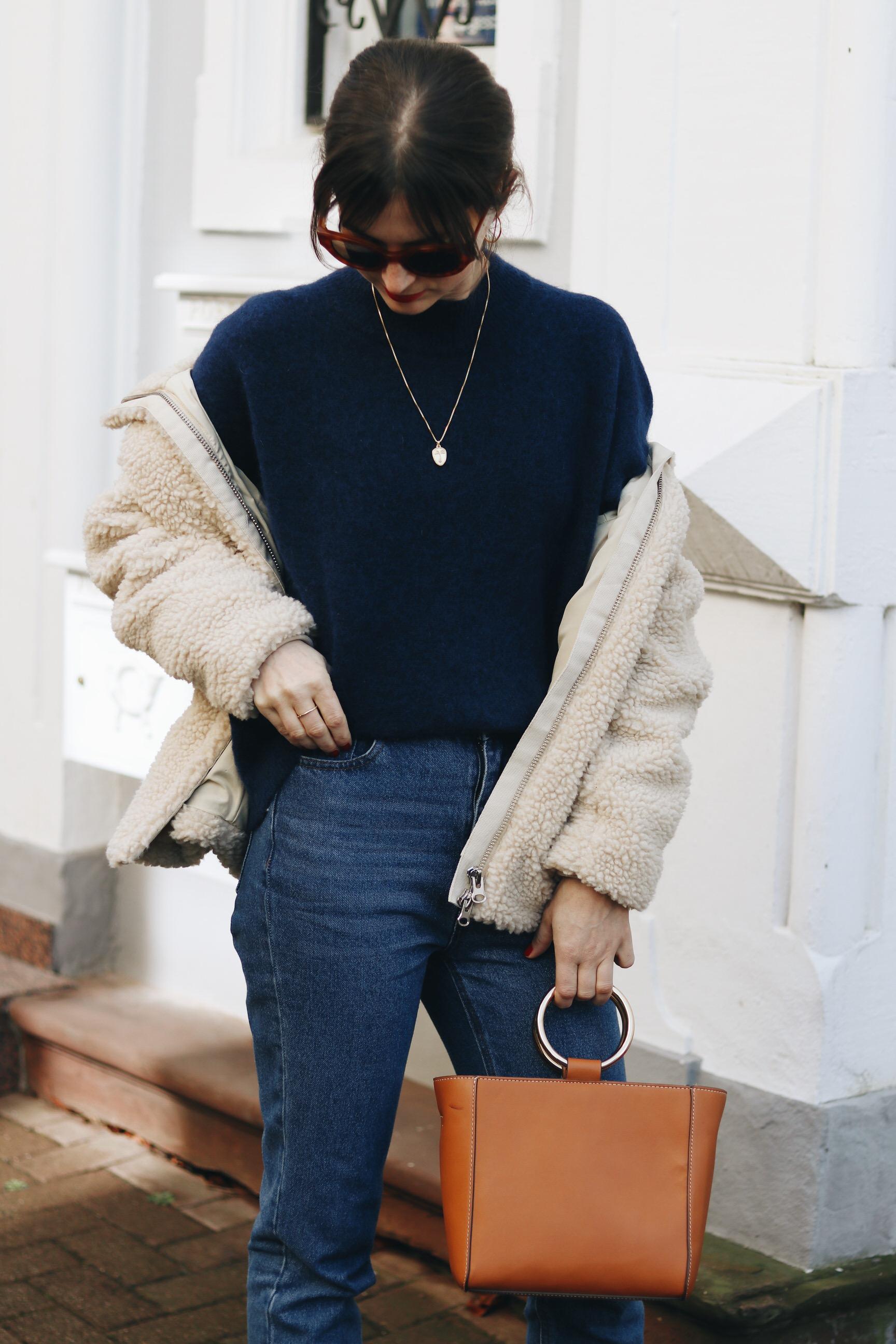 Henkeltasche braun Ring bag Modetrends Taschentrends Outfit Blog Modeblog