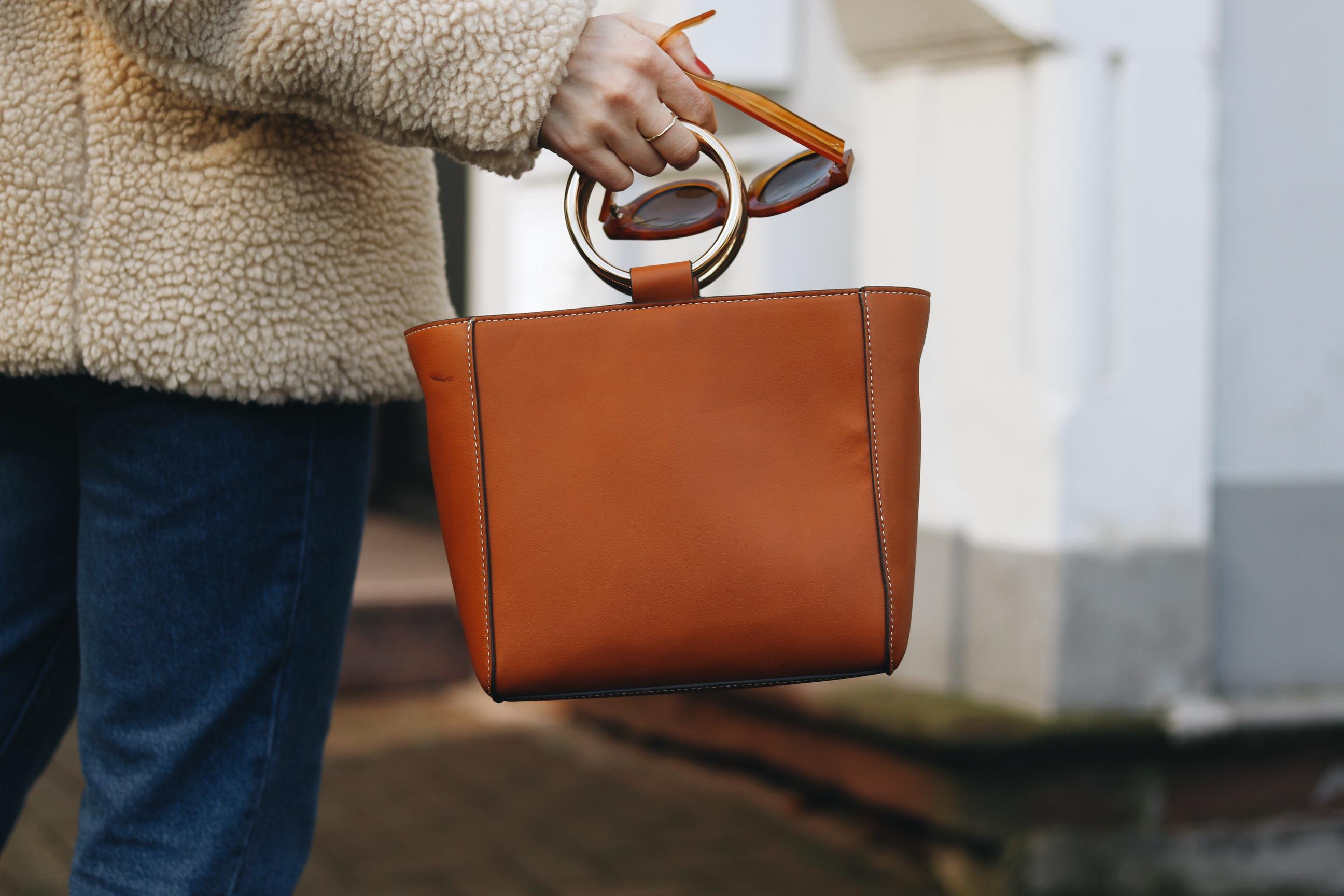 Ring Bag braun Henkeltasche Modetrend Taschentrends blog