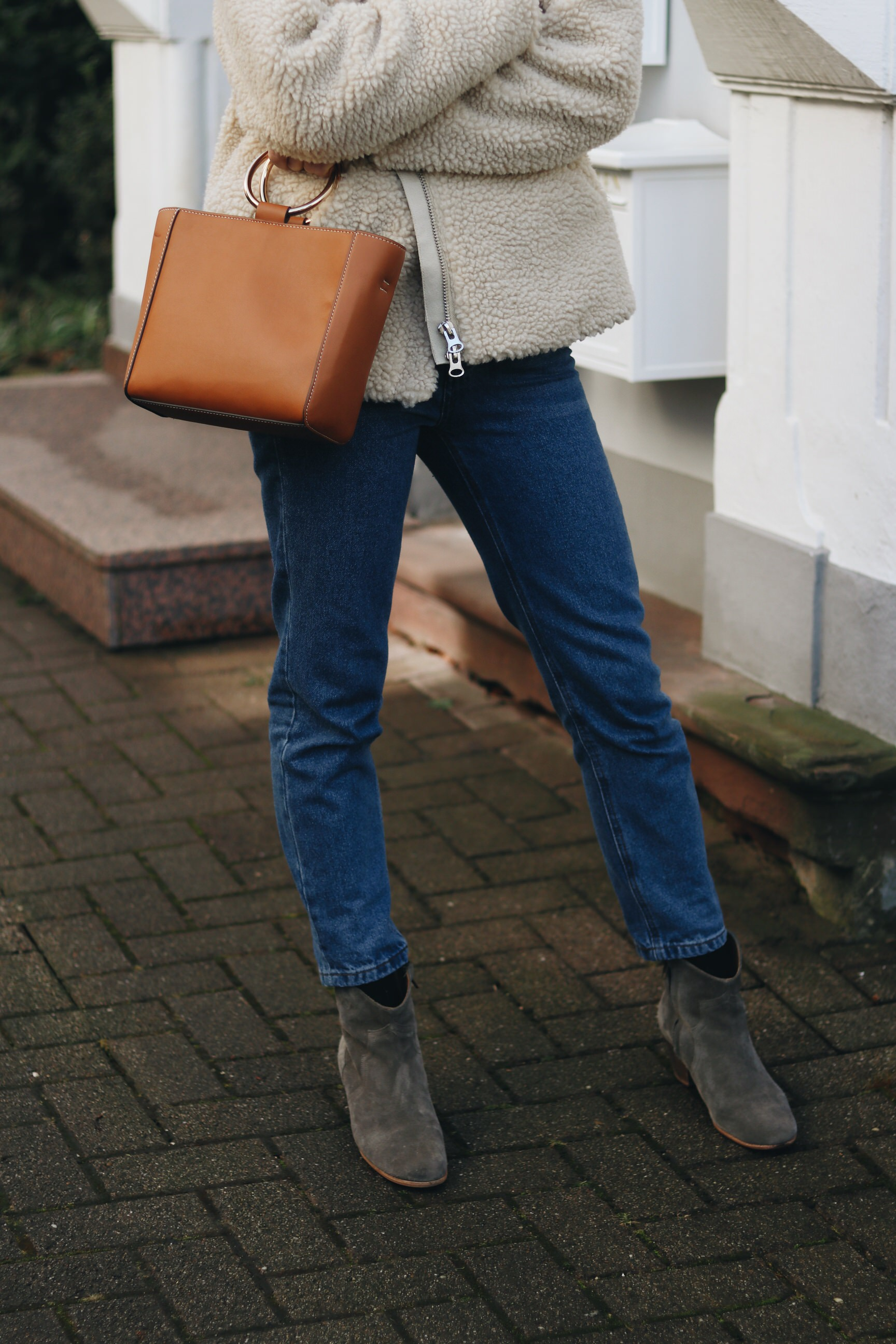 Ring Bag Henkeltasche Mom Jeans Isabel Marant Boots