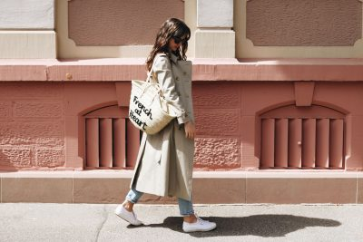 Modeblog Top 10 Outfit Streetstyle Burberry Trenchcoat Mantel Klassiker Neele Berlin Style French Chic