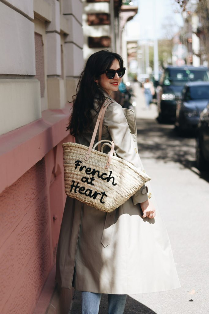 Trenchcoat Burberry Outfit Ideen French Chic Neele Modebloggerin Modeblog Modetrends