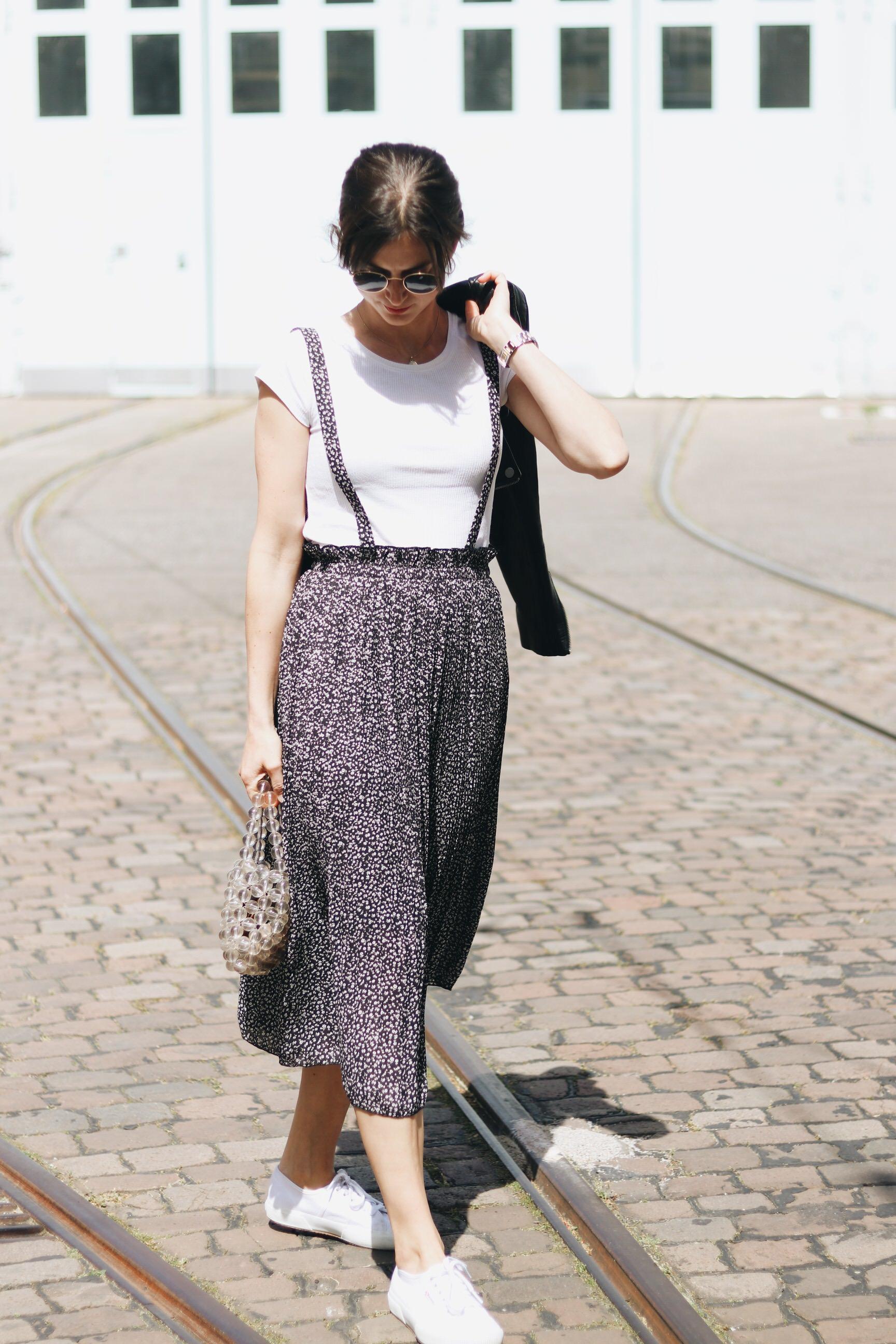 French Chic Neele Modebloggerin Deutschland Freiburg Top 10 Sommerkleider Perlentasche