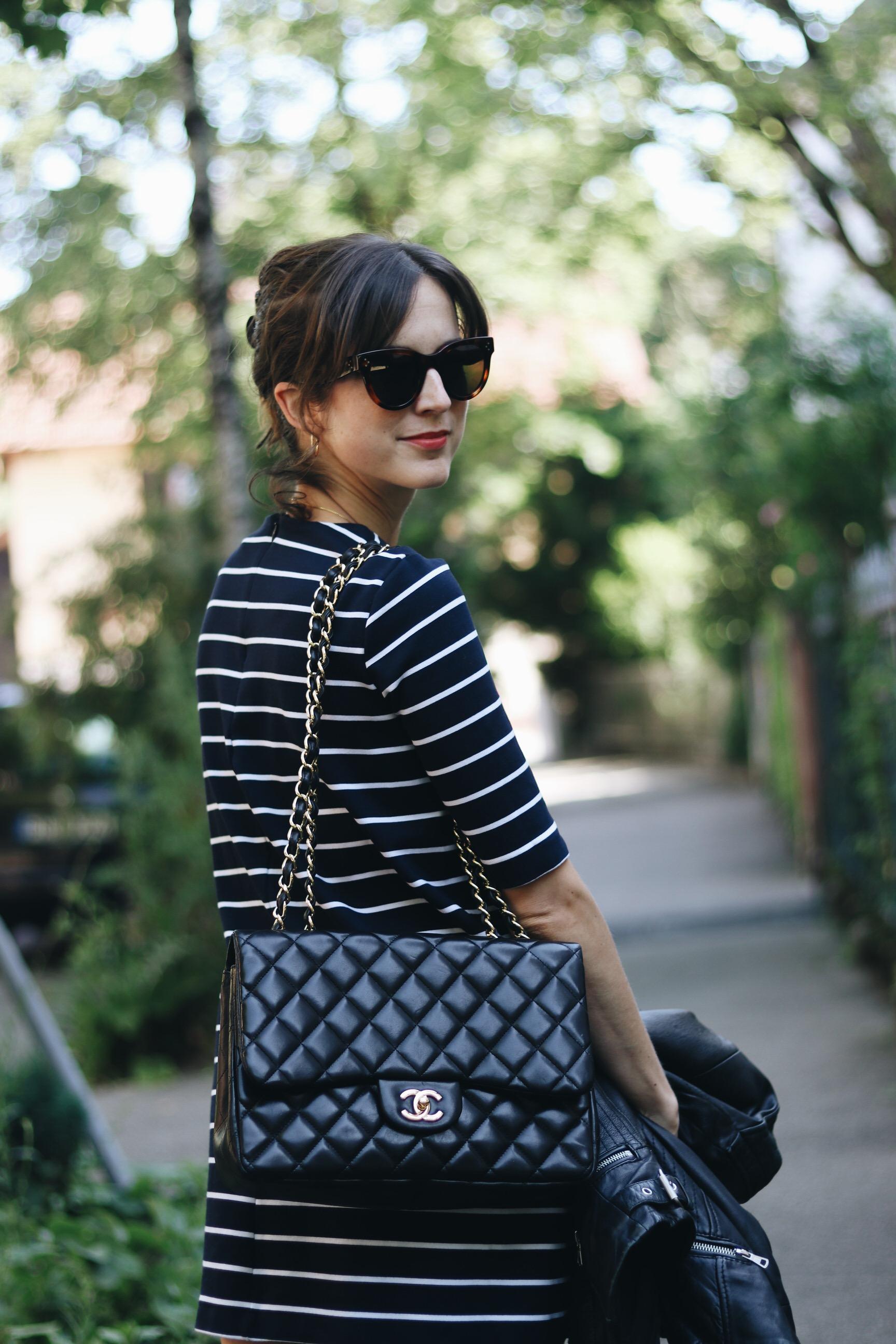 Modebloggerin Chanel Tasche Modell klassisch Celine Sonnenbrille Modebloggerin Neele