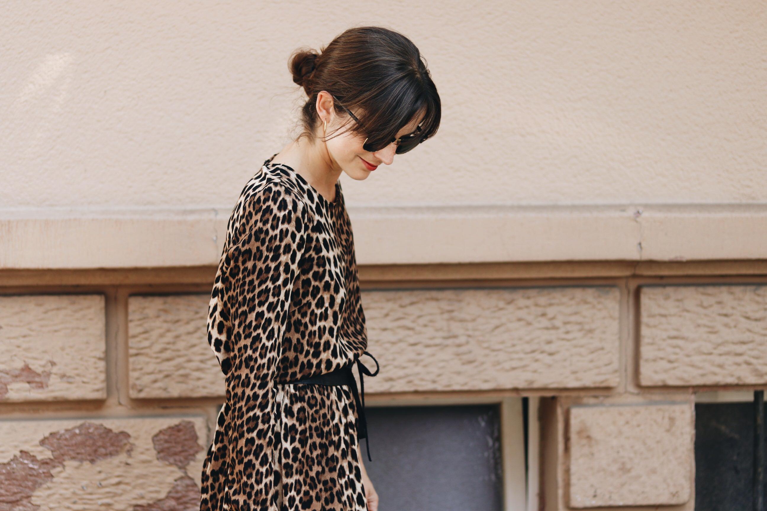 Leoprint Outfit Kleid kombinieren Fashionblog Mode Blog