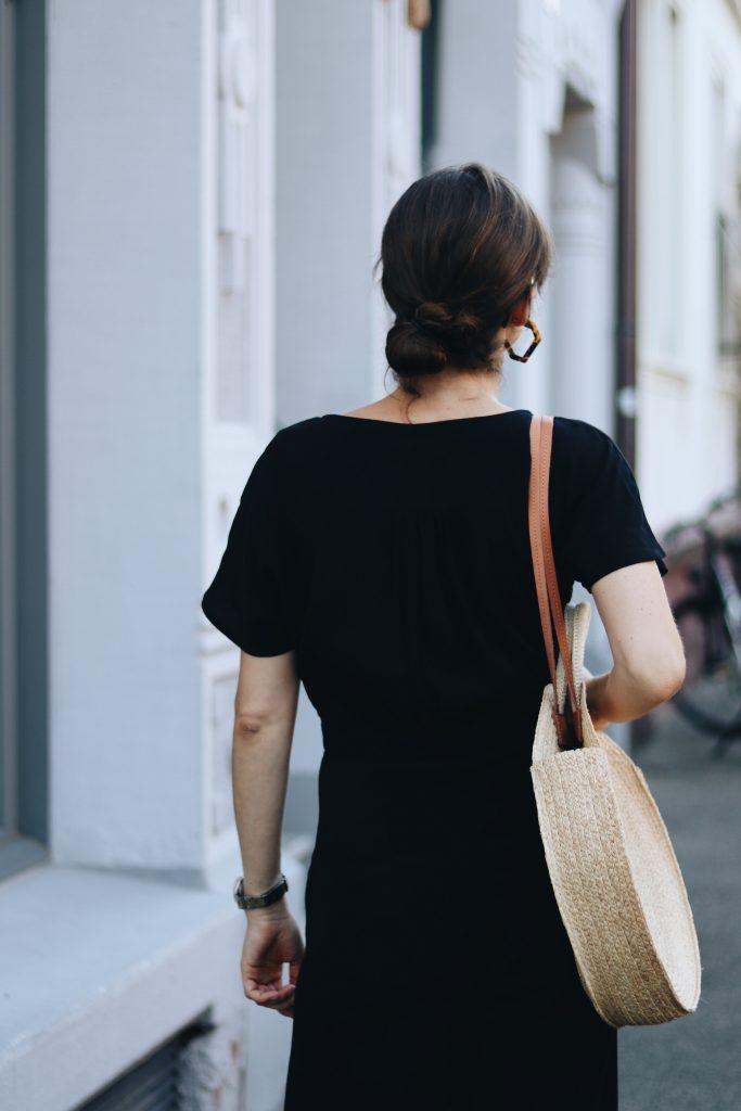 schwarzer Jumpsuit Outfit Blog