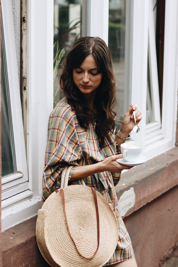 Sommer Outfit Karomuster Kleid nachhaltig