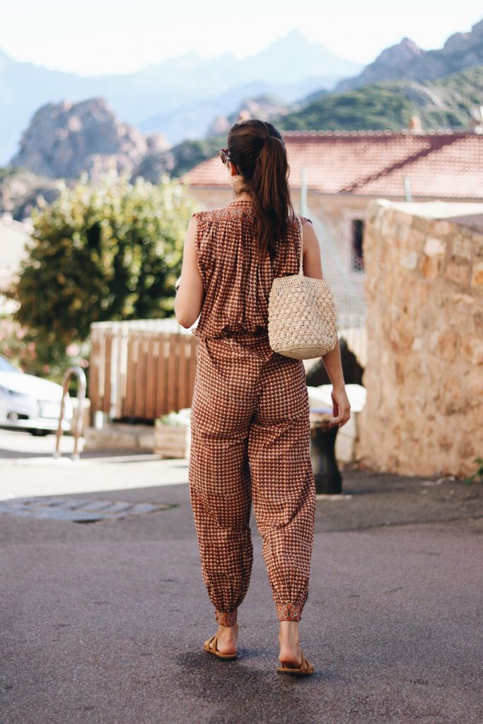 Fair Fashion Tunika Sommer Outfit Korbtasche French Chic Modeblog Blog